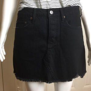 AEO | Black Destroyed Skirt | Size 4. 17R